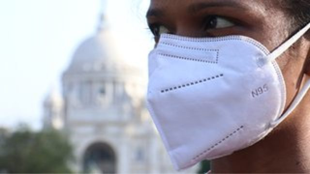 Covid: Hindistan varyantı hakkında neler biliniyor, aşılar işe yarayacak mı?