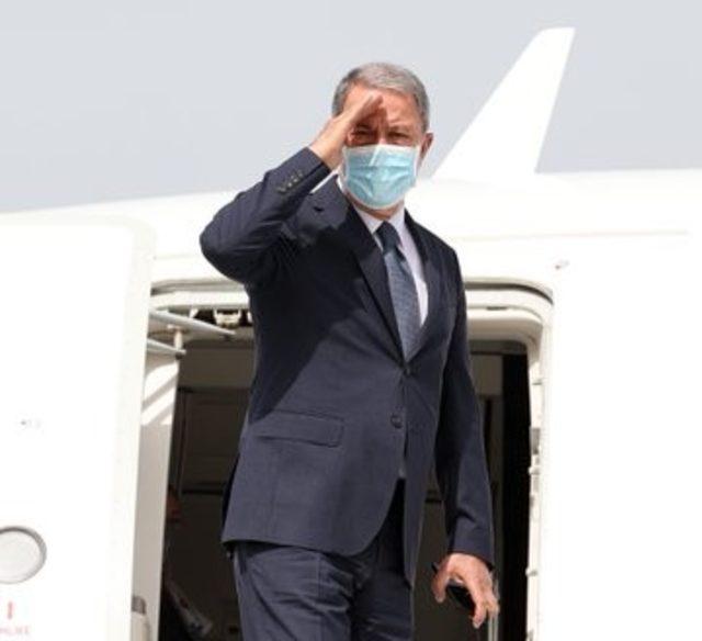 Bakan Akar ve Bakan Çavuşoğlu'nden Libya'ya ziyaret