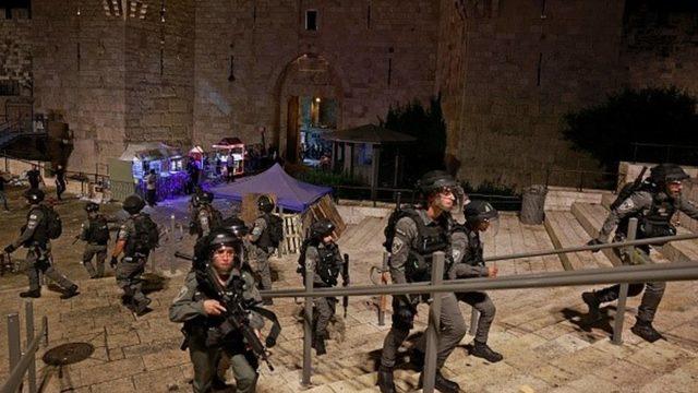 Şam Kapısı'nda Filistinlilerin oruç açmasına izin verilmedi