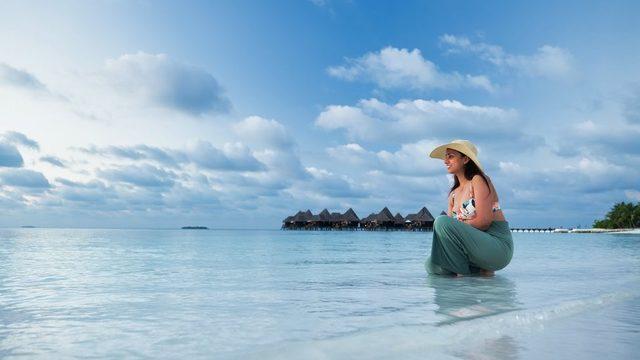 Maldivler'de bir turist