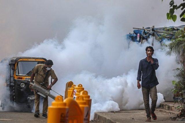 Mumbai ikinci dalgadan en kötü etkilenen kentler arasında