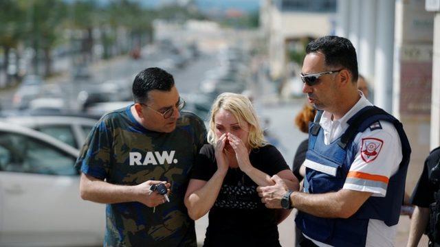 Hamas'ın fırlattığı roketlerin bazıları İsrail'in Aşkelon kentini vurdu