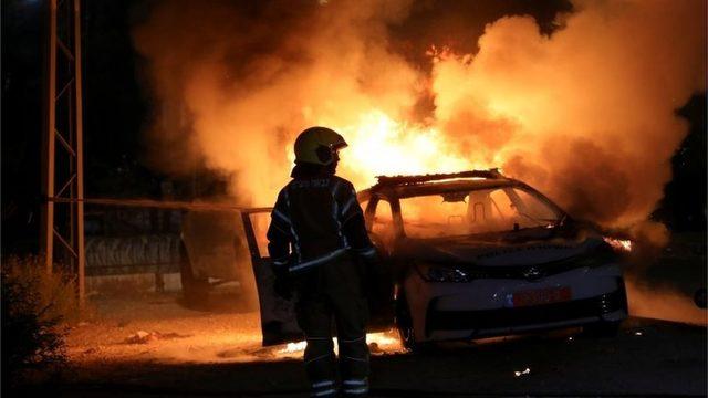 Lod kentindeki olaylar Çarşamba gecesi de sürdü