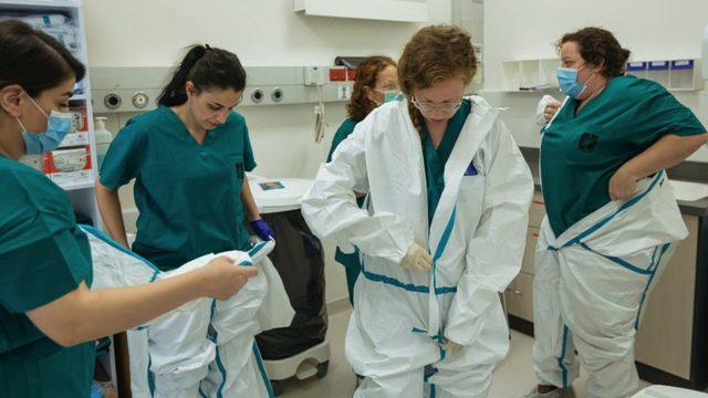 Pandemi sürecinde Yahudi ve Arap doktorlar hastanelerde Covid-19'a karşı birlikte mücadele verdi