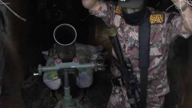 BBC Muhabiri Quentin Sommerville, 2015 yılında İslami Cihad'ın tünellerde gizlediği askeri malzemeleri görüntülemişti
