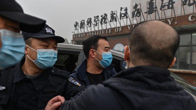 Çin, laboratuvar teorisini reddediyor.