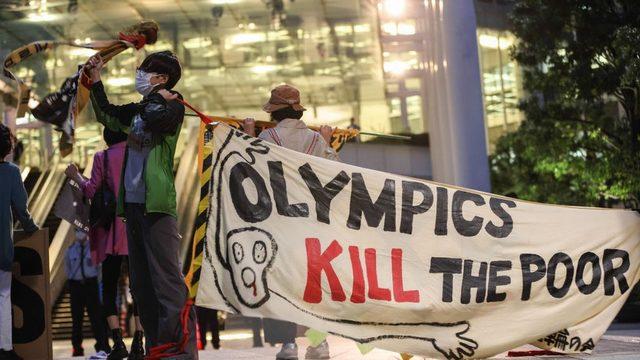 olimpiyat karşıtları protesto