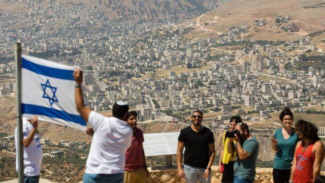 Bennett İsrail'in Batı Şeria'yı yönetmesi gerektiğini düşünüyor