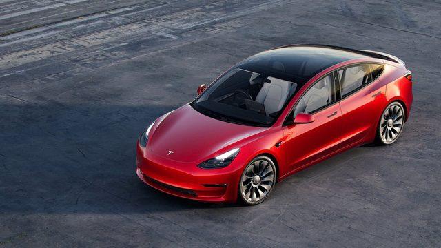 Tesla Model 3 dünyanın en çok satan elektrikli aracı