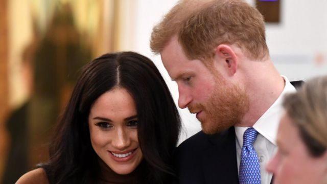 Kraliyet ailesiyle ilgili ırk ayrımcılığı iddiaları Kraliçe'nin torunu Prens Harry ve eşi Meghan'ın açıklamalarıyla gündeme gelmişti