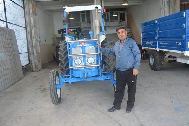 babasinin-ihtiyactan-sattigi-traktoru-35-yil-sonra-geri-aldi_1006_dhaphoto5