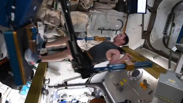 shared-image-french-astronaut-exercise-in-space_4575_dhaphoto1