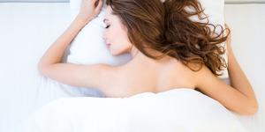 Çıplak uyumanın hiç bilmediğiniz faydaları
