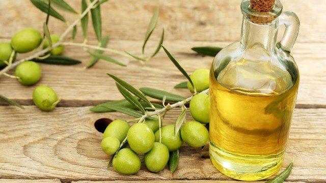 Zeytinyağı tüketimi, meme kanseri riskini azaltıyor