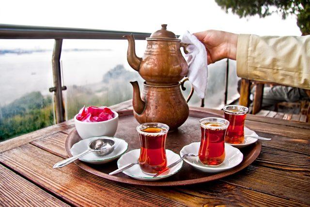 Lezzetli çay demlemek için muhakkak uygulamanız gereken 5 püf noktası
