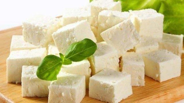 Hem basit hem lezzetli: Evde peynir yapımı