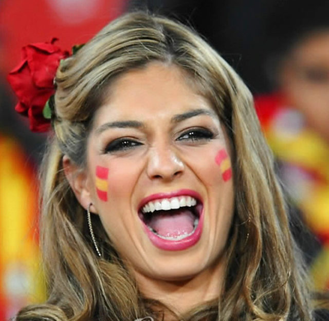 spanish-girl_world-cup-2010_15
