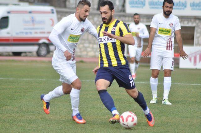 TFF 2. Lig: İnegölspor: 2 - Menemen Belediyespor: 1