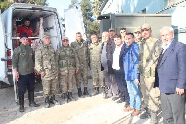 Hayırsever işadamı Aykanat'tan Mehmetçiğe destek