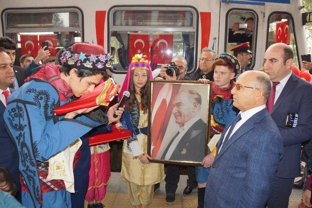 Atatürk'ün Aydın'a gelişinin 87'inci yıldönümü törenle kutlandı