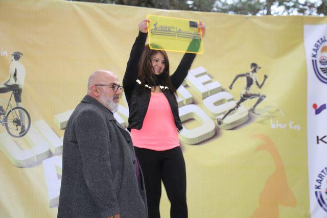 Doğa sporları tutkunları 8'inci Aydos Patika Koşusu'nda yarıştı