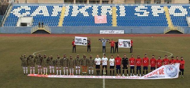 Çankırı'daki amatör maçta Afrin'e destek