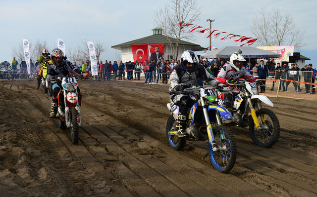 Kumluca'da Kum Enduro Yarışları heyecanlandırdı