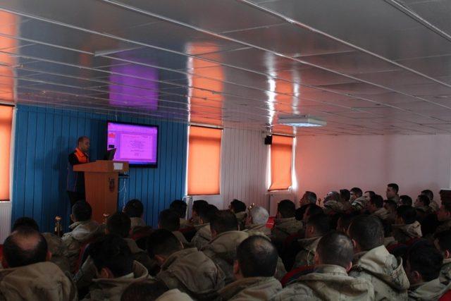 AFAD'dan jandarmaya temel afet eğitimi