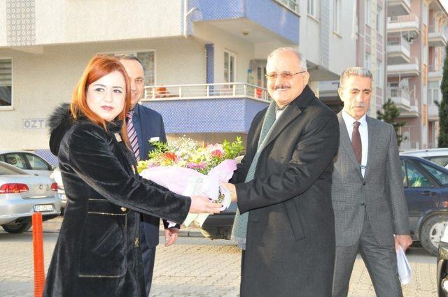 Akşehir'de ikinci yarıyıl öğretim dönemi törenle başladı