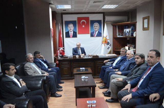 AK Partili Budak iş çevreleriyle bir araya geldi