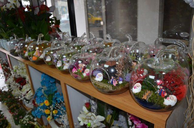 Çiçekçiler 14 Şubat'a hazırlanıyor