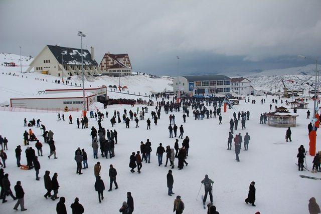 Yıldız Dağı Snowboard yarışmasına ev sahipliği yapacak