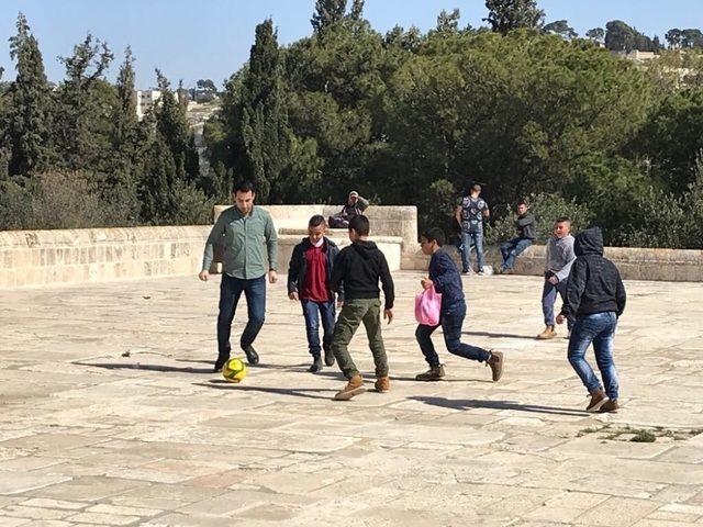 AK Parti'li Gök Kudüs'te