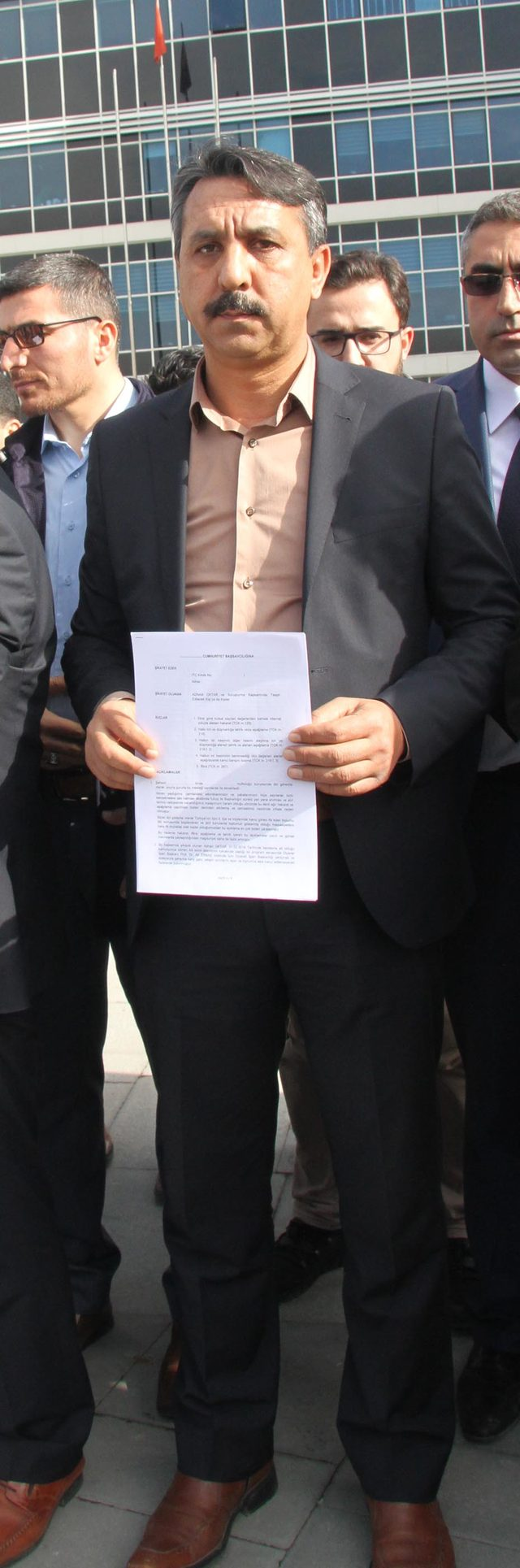 Diyanet- Sen'den Adnan Oktar'a suç duyurusu