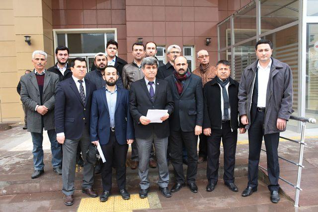 Diyanet-Sen Manisa Şubesi'nden Adnan Oktar'a suç duyurusu