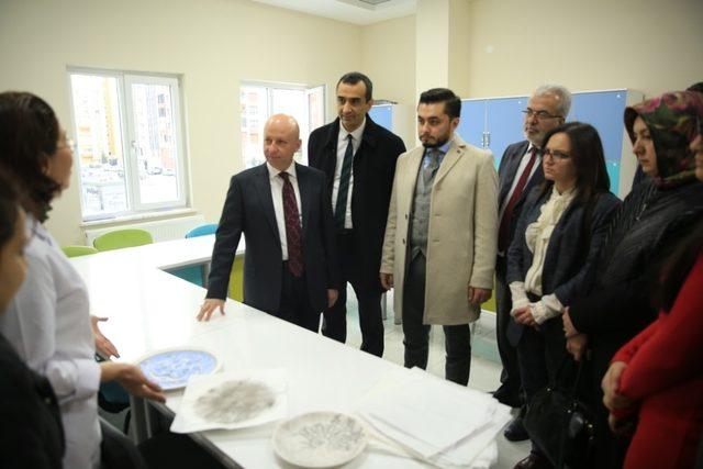 Başkan Çolakbayrakdar, belediye meclis üyelerine Erciyesevler Tesisini tanıttı