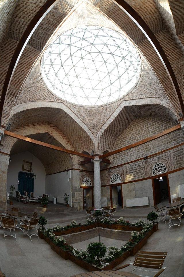Konya Büyükşehir'den hafızlar için Daru'l Huffaz