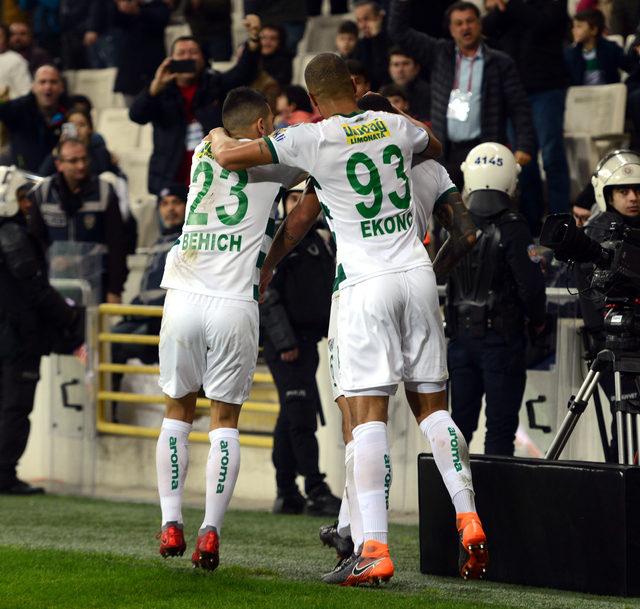Bursaspor'un en istikrarlıları savunmacılar