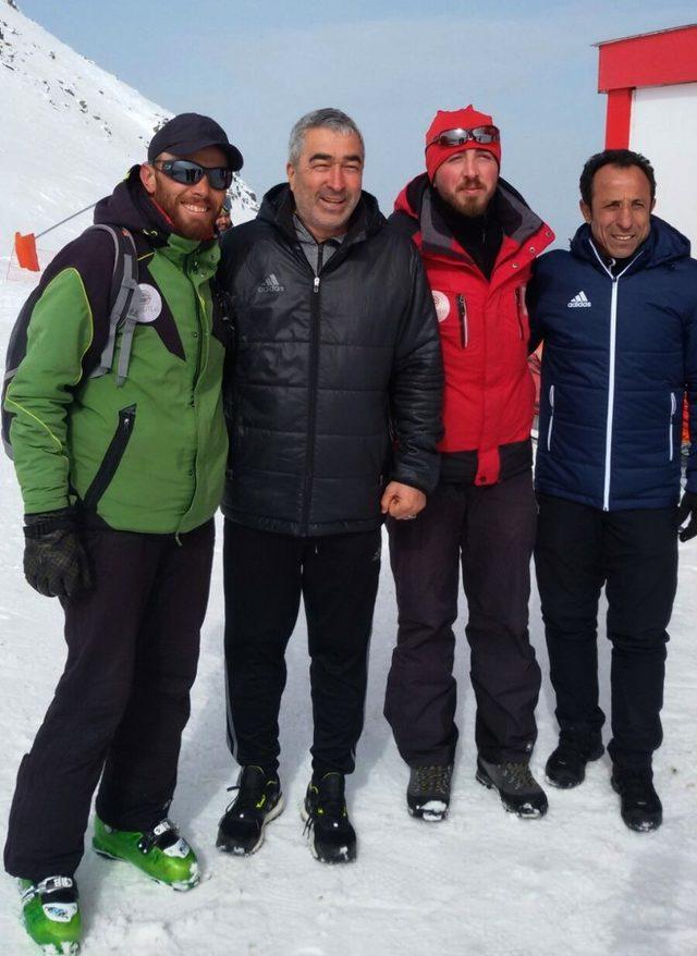 Aybaba, Yıldız Dağı Kayak Merkezi'ni gezdi