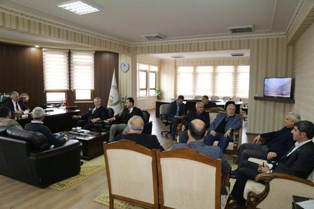 AK Parti Erzincan Milletvekili Karakelle ve Erzincan Belediye Başkanı Başsoy'dan Çukurkuyu Belediyesi'ne ziyaret