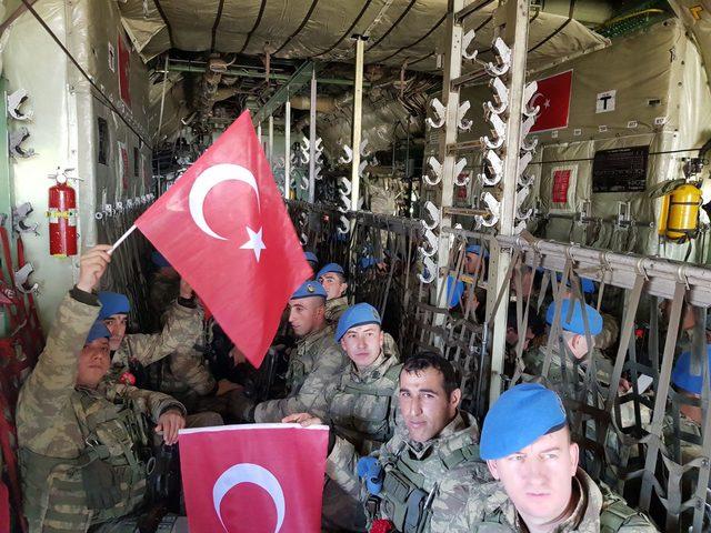 Komandolar zılgıtlar ve dualarla Afrin operasyonuna uğurlandı