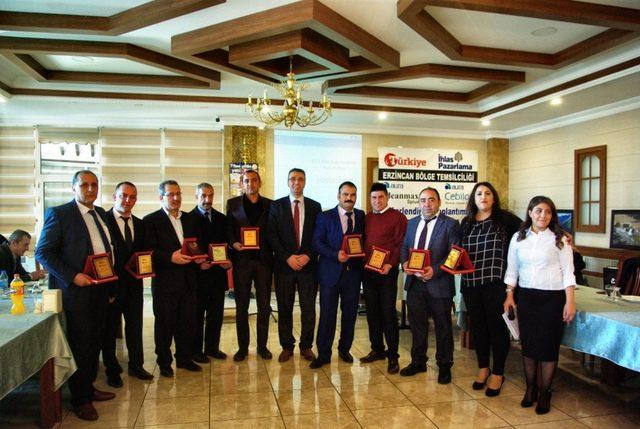 Türkiye gazetesi ve İhlas pazarlama çalışanları 2018 yılı hedeflerini belirledi
