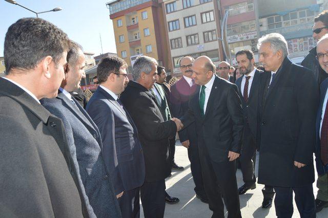 Başbakan Yardımcısı Işık: Teröristler adım atamaz hale geldi