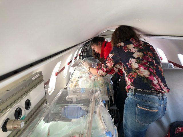 Kalp rahatsızlığı olan bebek ambulans uçakla İstanbul'a sevk edildi