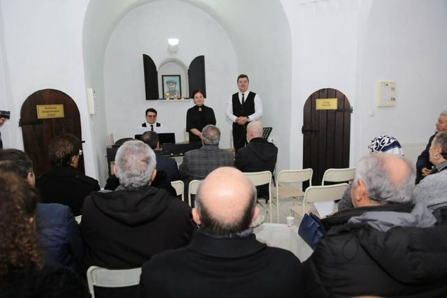 Nilüfer Özkan'ın eserleri, 'Kütahya sohbetleri' kapsamında sanatseverlerle buluştu