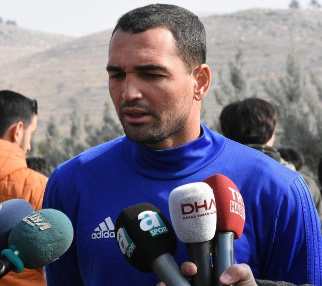 Evkur Yeni Malatyasporlu Ertaç ve Gilberto'da hedef galibiyet