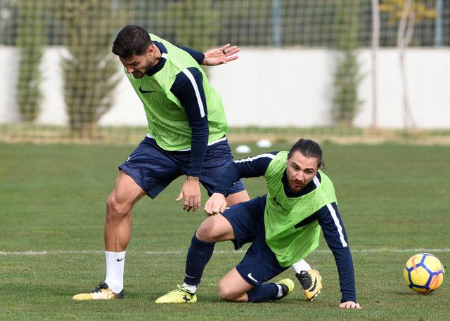 Antalyaspor'un kaptanı Zeki Yıldırım: