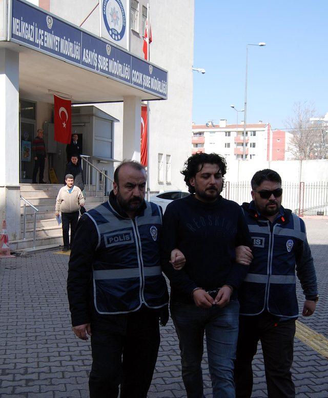 Maskeli banka soyguncusu yakalandı (2)