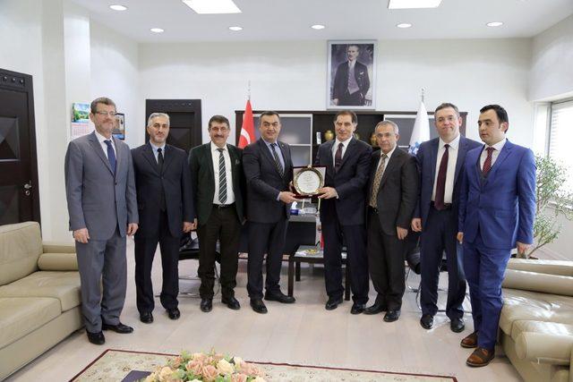 Kamu Başdenetçisi Malkoç'tan KAYSO Başkanı Büyüksimitci'ye Ziyaret
