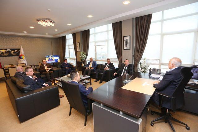 SATSO Başkanı Kösemusul, ''Finans sektörü Sakarya'nın gelişimine dikkat göstermelidir''